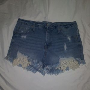 Mossimo Distressed Shorts sz 10 Womens High Rise